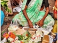 durva-and-flower-selling-for-ganapati