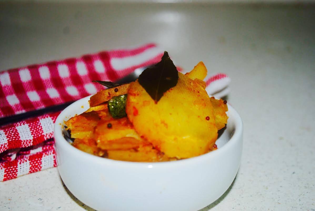 बटाट्याची भाजी(Sliced Potato)